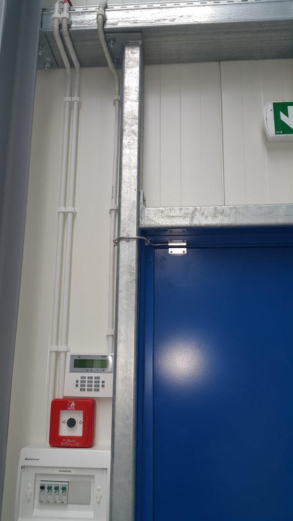 Kontaktron drzwi